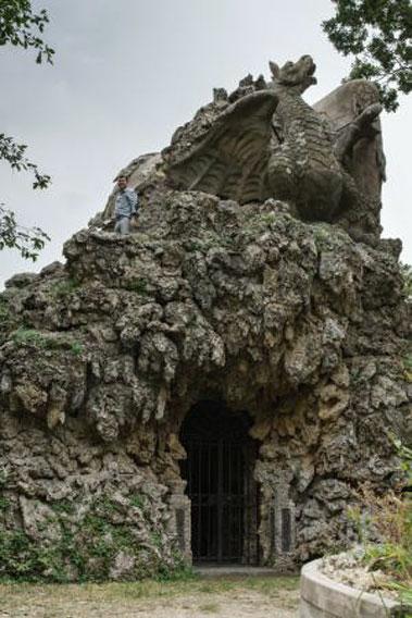 Grotte Demidoff Colosso